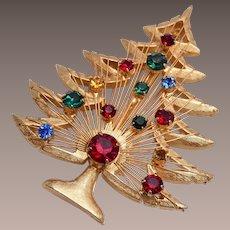 Brooks Christmas Tree Brooch With Harp Like Center