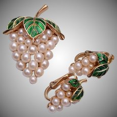 1960's Trifari Grape Cluster Brooch and Earring Set