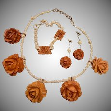 Bakelite Roses Parure
