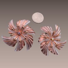 Light Weight Pink Lucite Earrings