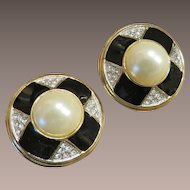 Guy Laroche Earrings
