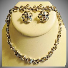 Vintage Trifari  Bow Parure Set