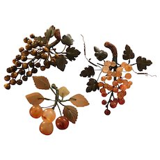 Grouping of Vintage Chinese Hardstone Grapes