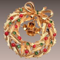 ART Christmas Wreath Brooch