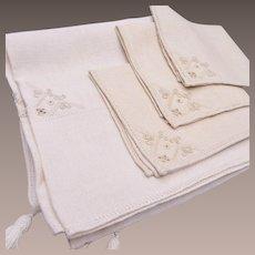Ecru Colored Table Cloth and Napkins