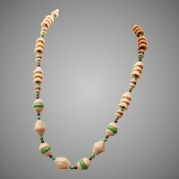 Fabulous Vintage Molded Glass Necklace