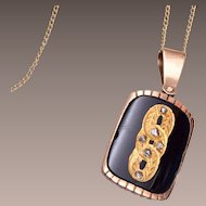 1901 Beautiful 14kt Gold, Onyx and Mine Cut Diamond Necklace