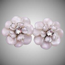 Light Weight White Lucite Flower Earrings
