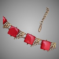 Red Coro Thermoset Necklace