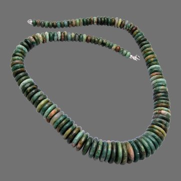 Beautiful Green Disk Natural Stone Necklace