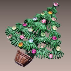 Green Enameled Christmas Tree Brooch