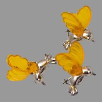3 Figural Birds With Molded Lucite Wings - Brooch