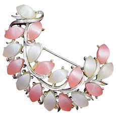 Kramer Pink and White Thermoset Brooch