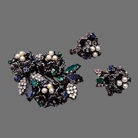 Old Vendome Green Rhinestone Brooch and Earring Set