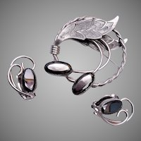 Whiting and Davis Hematite Brooch and Earring Set