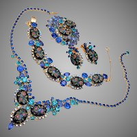 Juliana D&E Blue Etched Flower Rhinestone Set