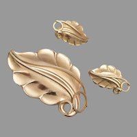 Whiting and Davis Leaf Brooch and Earring Set