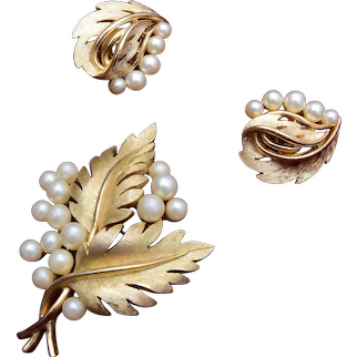 Trifari Faux Pearl and Gold Leaf Brooch and Earring Set