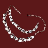 Black and White Mother of Pearl Necklace and Bracelet Set