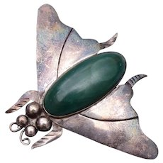 Silver Mexico Malachite Belly Fly Brooch