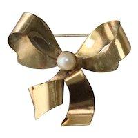 Vintage 12 KT Gold Filled Pearl Bow Brooch