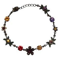 Vintage Floral Designed Bracelet