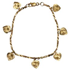 22 KT Yellow Gold Diamond Cut Nugget Designed Link Heart Charm Bracelet