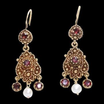 Vintage 14K Yellow Gold Dangling Chandelier Garnet Earrings