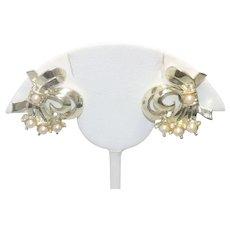 Vintage Costume Pearl Clip On Earrings