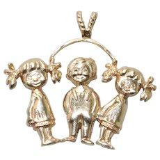 Vintage 14 KT Yellow Gold Children Design Charm