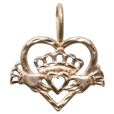 Vintage 14 KT Yellow Gold Heart Charm