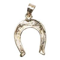 Vintage 14 KT Yellow Gold Horseshoe pendant