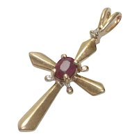 Vintage 10 KT Gold Ruby Stone Cross Pendant