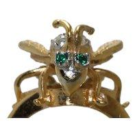 Vintage 18 KT GE Cubic Zirconia Bee Ring