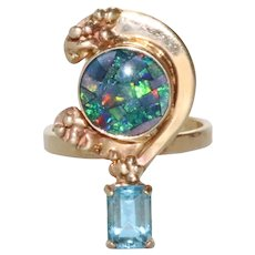 Vintage 14 KT Yellow Gold Opal and Blue Topaz Ring