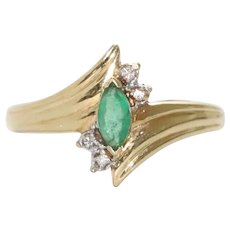 14 KT Gold Diamond Ring With .35 CT Emerald
