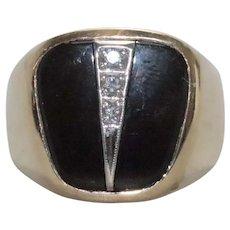 Vintage 10K Yellow Gold Diamond Onyx Ring