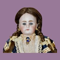 Very Rare Bahr & Proschild 212, Closed Mouth, Blue Eyes