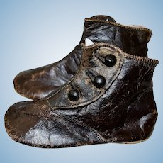 Antique Brown High Top Shoes with Shoe Buttons