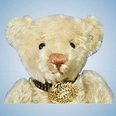 Awesome Elegant White Blank Button Steiff Bear
