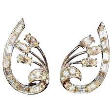 Pretty Vintage Rhinestone Clip Earrings