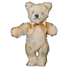 "6.5"" Steiff Beige Mohair Bear, 70s Mask Face, No ID"