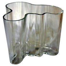Mid-Century Modern - IITTALA Glass - Alvar Aalto 12cm Vase - Signed