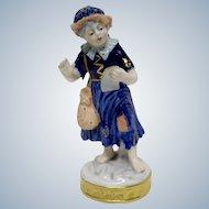 East Germany 1762 Aelteste Volkstedter figurine