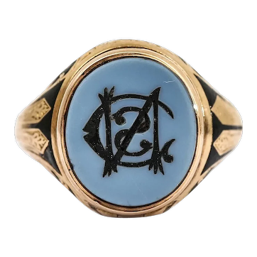 Unusual Victorian Chalcedony and Black Enamel Locket Mourning Ring 18 Karat Gold