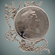 """Less We Forget""  silver plate commemorative coin of twin towers pendant"