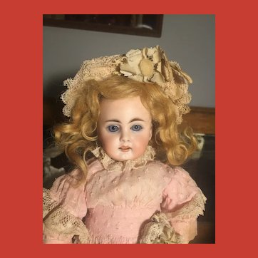 Vintage Honey Blonde Mohair Wig for Small to Medium Size Doll~ minty