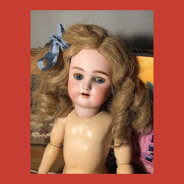 "18"" Antique Ladies Home Journal Handwerck ""Daisy"" Doll"