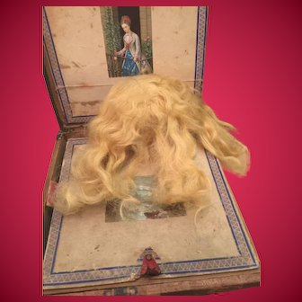 """Antique Blonde Mohair Wig For 18"""" Doll."""