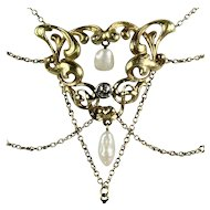 Elegant Bell Époque Festoon Necklace